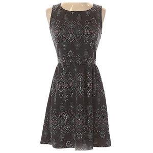 Xhilaration stretchy sleeveless dress Small Petite